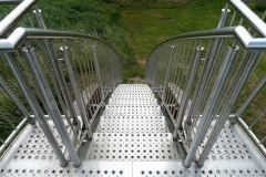 Brücke mit Handlauf
