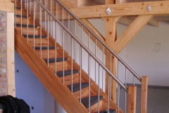 Treppengeländer/Kombination Stahl und Holz
