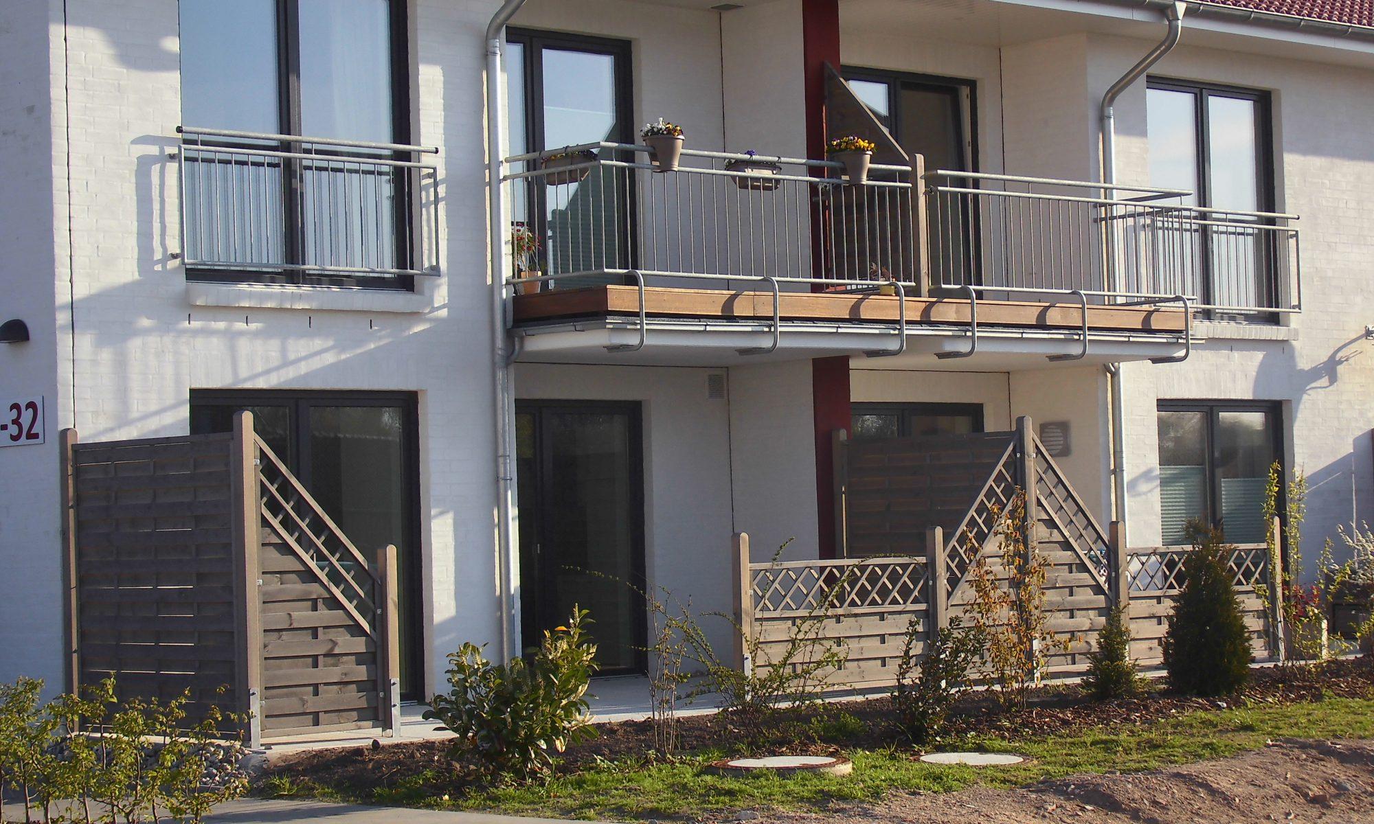 Balkongeländer Mehrfamilienhaus Husum